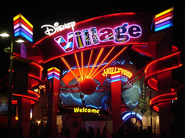 Disneyland Village, Paris