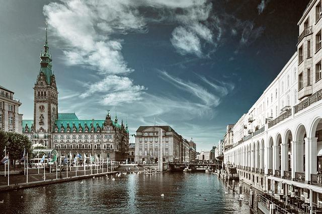 Der alter Elbtunnel in Hamburg ist kostenlos