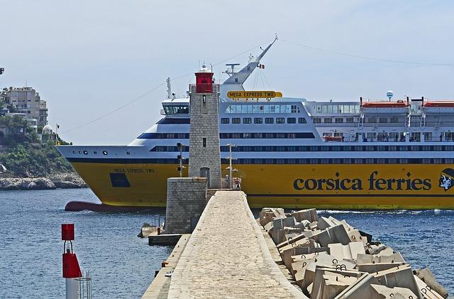 Die Nizza Korsika Fähre