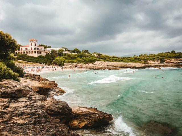 Der wunderschöne Strand von Alcudia